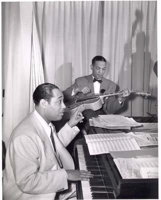 - Photo Black History Duke Ellington at the Piano c1940
