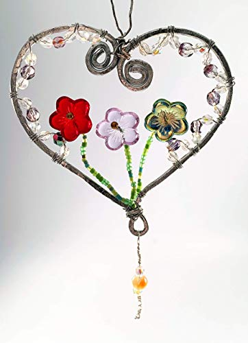 (Aluminum wire decorated with faceted glass beads in red, green and clear)