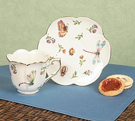 Porcelain Butterfly Teacup And Saucer With Gold Trim ()