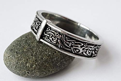 SALE - Celtic Knot Sporran Rng - Stainless Steel - His or Hers Outlander ring ()