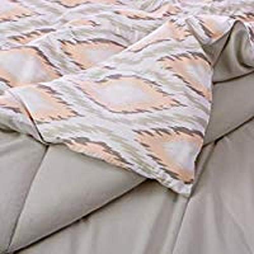AmazonBasics Comforter Set - Soft, Easy-Wash Microfiber - Full/Queen, Tan Diamond (Full Bed Size Set Chevron)