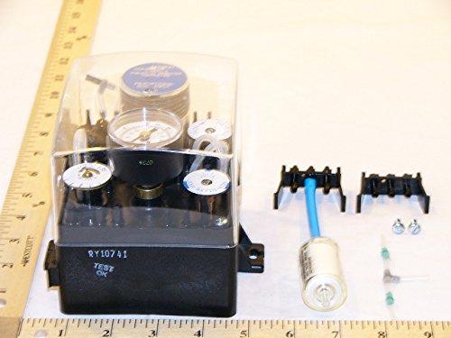 Johnson Controls T-5800-3 Pneumatic Controller, Dual Input