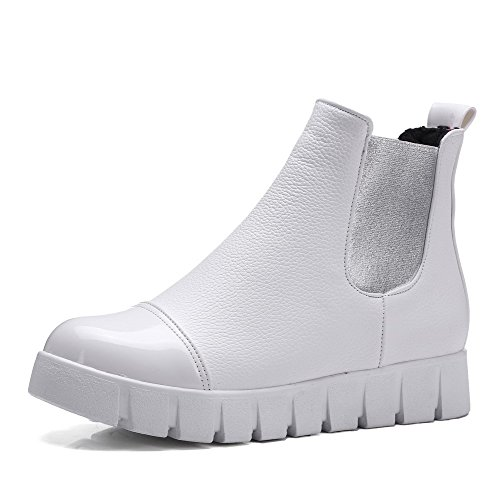 Women's Low-Heels Soft Material Low-top Assorted Color Pull-on Snow-Boots