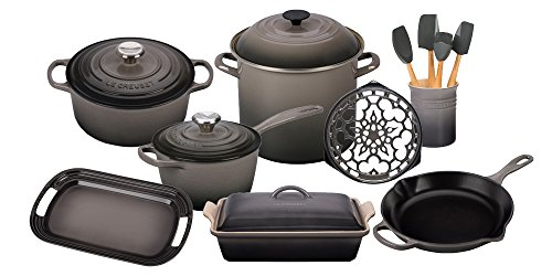 Le Creuset 16-Piece Cooks Essentials Set (Oyster)