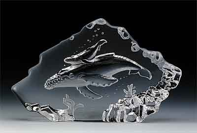 VG Engraved Lead Crystal - Whale/Calf