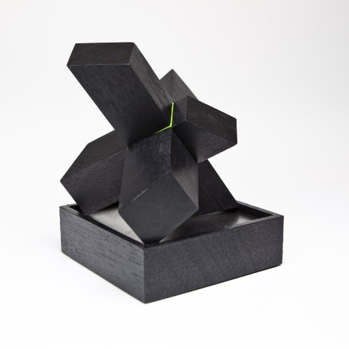 Tegu The Asterisk Desk Toy – Black/Green, Baby & Kids Zone