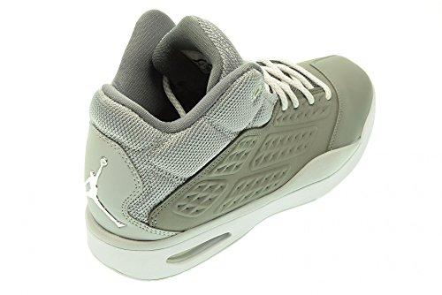 JORDAN Zapatillas de baloncesto de los hombres de JORDAN JORDAN 768901 011 NUEVA ESCUELA talla 47 Gris / blanco