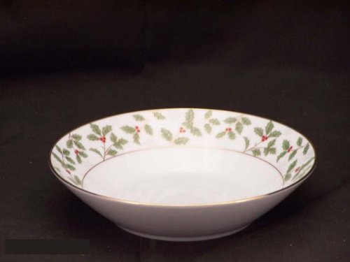 Noritake Holly and Berry Gold Soup Bowls, Set of 8 Noritake CO. INC. - DROPSHIP 4173 407H