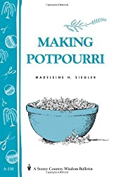 Image of the product Making Potpourri: that is listed on the catalogue brand of Brand: Storey Publishing,.