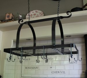 Black Kitchen Utensil/pan Holder Hanging Rack