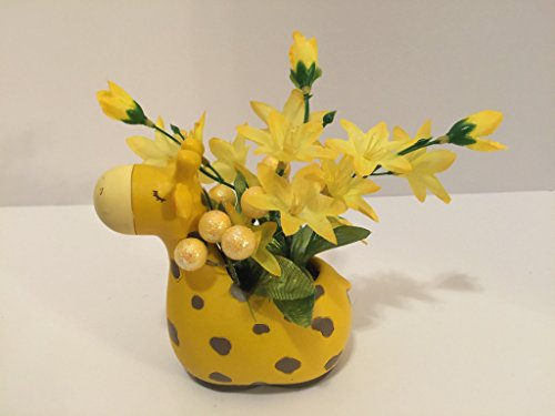ANIMAL FUN - GIRAFFE - YELLOW JASMINE AND YELLOW GLITTER BALLS by Peters Partners Design