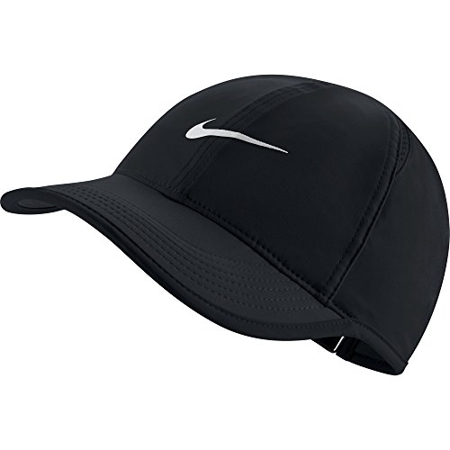 (NIKE Women's AeroBill Featherlight Tennis Cap, Black/Black/White, One Size)