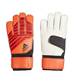 Ideal for football training and kickabouts, these goalkeeper gloves put you in charge. The palm has 3 mm of cushioning to take the sting out of drives, while grippy latex clings to the ball in all conditions. The fingers are cut for a comfort...