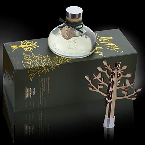Aronica Fragrance Reed Diffuser Box for Home and Spa - | 4.05oz (120ml) | Premium Scent | Wood Craft Set| Pine Tree | Merry and Bright (Berries-Mistletoe-Pine-Holly)