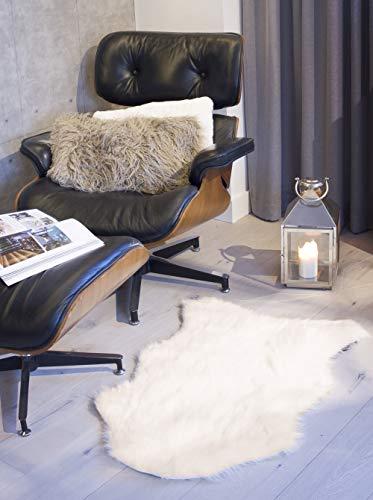 Luxe Faux Fur Luxury Soft Fade Resistant 100% Animal-Free Gordon Faux Sheepskin Area Rug, 2 ft x 3 ft, Off-White (Tree Skirt Sheepskin)