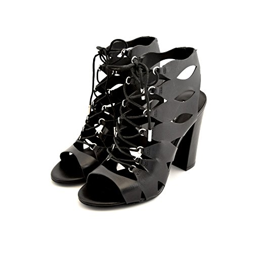 Sandals leather guess women and black laces stranded through the anatomy. Sturdy 11cm heel. COD. FLEBI1LEA03 *