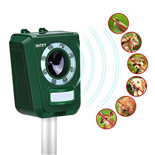 INTEY Cat Repellent Solar Ultrasonic Animal Repeller LED Flashlight Animal Deterrent Device Friendly to Animals Waterproof IP44 Design