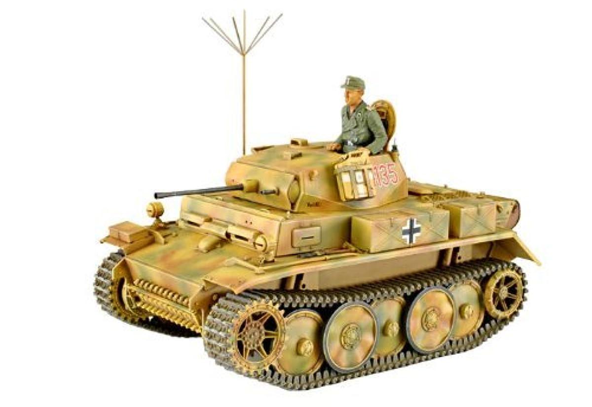 [해외] 아스카 모델 1/35 독일 육군 2 호전차L형 럭스 후기형 프라모델  35-001
