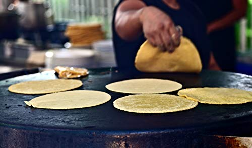 Cast Iron Tortilla Press and Pataconera, Pre Seasoned Heavy Gauge, 8 inch by Kitchen Gourmand by Kitchen Gourmand (Image #7)