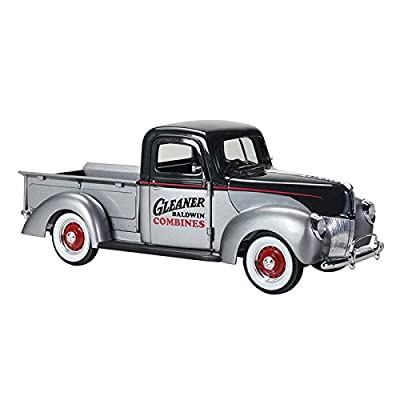 "1940 Ford""Gleaner"" Pickup Truck Silver with Black Top 1/25 Diecast Model Car by Speccast 64131: Toys & Games"
