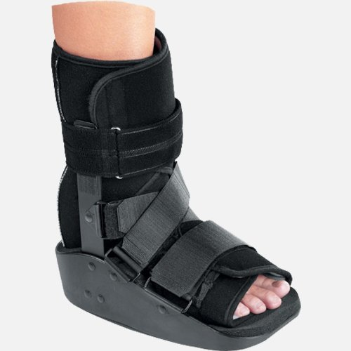 (Procare MaxTrax Ankle Walker - Small)