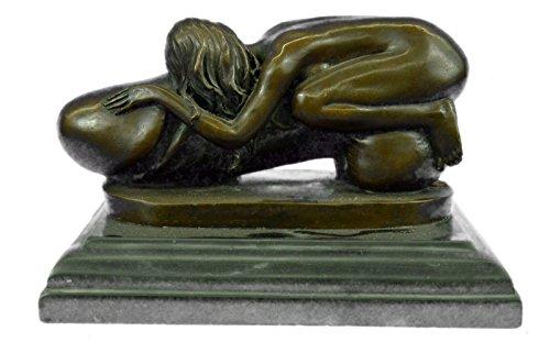 Handmadeeuropean Bronze Sculpture Nude Flying Penis Girl St-001 Bronze -1675