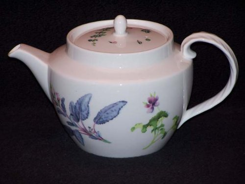 Wedgwood Chelsea Garden Tea Pot