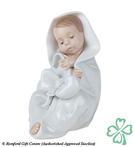 Nao Porcelain by Lladro ALL BUNDLED UP ( BABY WRAPPED IN BLANKET ) 2001340 (Lladro Bundled)