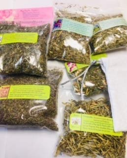 - Ravenz Roost Mojo Bag kit ~ Protection ~ Dried Herbs and a Handmade White Mojo Bag for You to Fill Dried herb