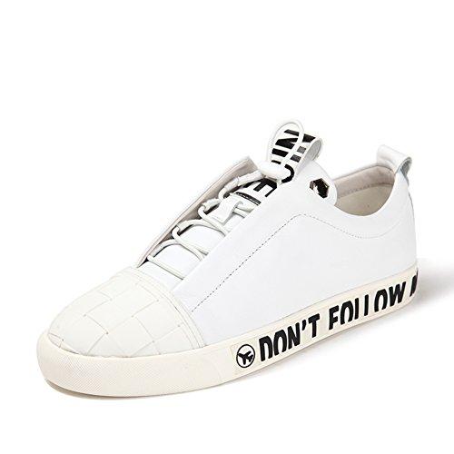 Zapatos de verano blancos/Cabeza redonda con suela plana para los zapatos de los hombres blanco