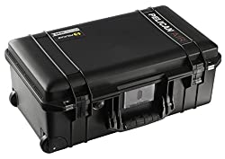 Pelican Air 1535 Case With Padded Dividers (Black)