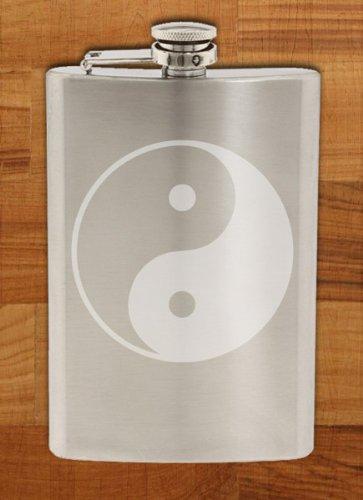 Yin Yang Feng Shuiシンボル – エッチング8オンスステンレス鋼フラスコ   B00JK0SB3E