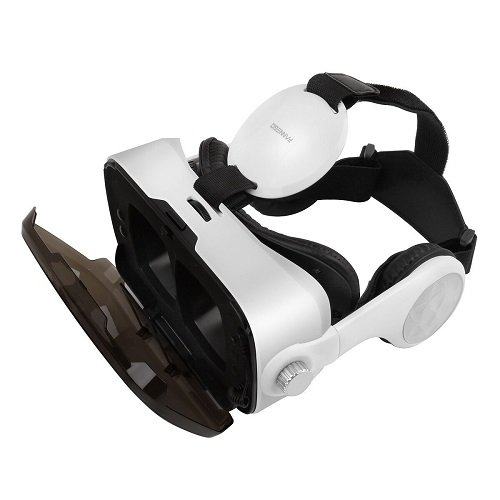 FANNEGO VR Headset, VR Goggles with Stereo Headphone Compatible with IOS & Android 3.5''-6.0'' Cellphones by FANNEGO (Image #1)