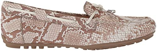 Geox Women's LEELYAN 4 Moccasin, Beige/Off White, 39.5 M EU (9.5 US)