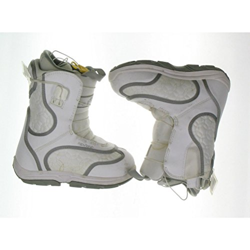 Burton Used Burton Emerald White Snowboard Boots Youth Size 4.0 or Mondo 22.0 Girls Snowboard Boots 4/White