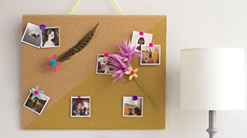 (DIY Room Decor: Color-Blocked Bulletin Board)