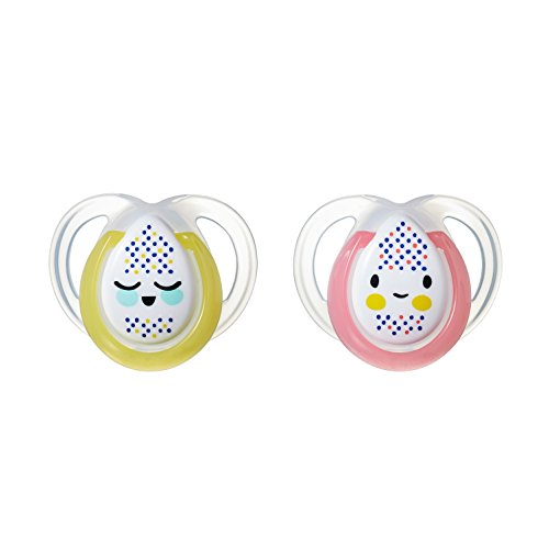 Tommee Tippee Closer to Nature  Night Time Newborn Baby Pacifier, Glow-in-The-Dark, BPA-Free, 0-6 Months, 2 Count (Colors May Vary)