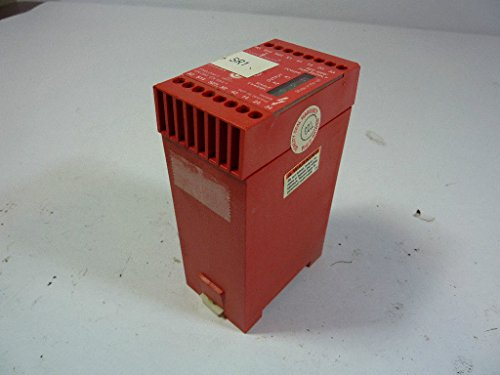 Allen-Bradley Guardmaster MSR6R/T 440R-C23017 Minotaur Universal Safety Relay Unit Dual Channel 24VAC/DC T17856 ()