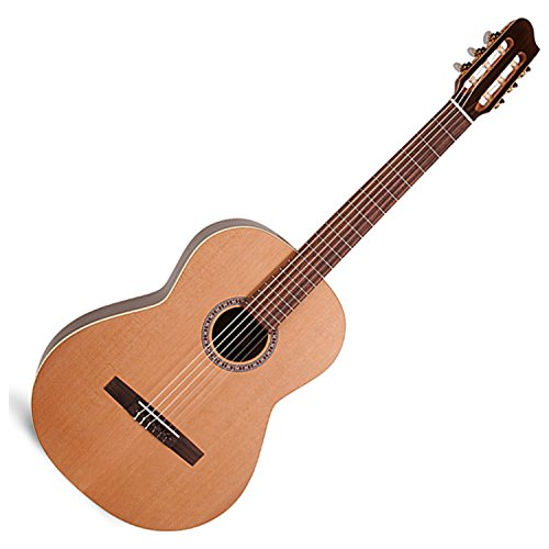 La Patrie 45471 Presentation Classical Guitar (La Patrie Classical Guitars)