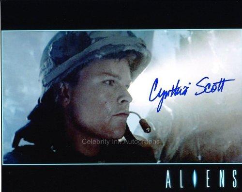 CYNTHIA SCOTT as Corporal Dietrich – Aliens GENUINE AUTOGRAPH