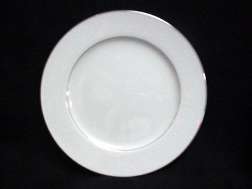 CROWN VICTORIA DINNER PLATE LOVELACE 10 3/8""