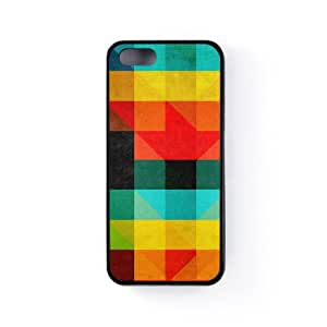 Abstract Pattern in Geometric Style with Colotful Squares and Triangles Funda Protectora Snap-On en Silicona Negra para Apple® iPhone 5 / 5s de UltraCases + Se incluye un protector de pantalla transparente GRATIS
