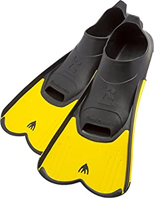 Cressi Short Full Foot Pocket Fins for Swimming or Training in the Pool and in the Sea | Light: made in Italy