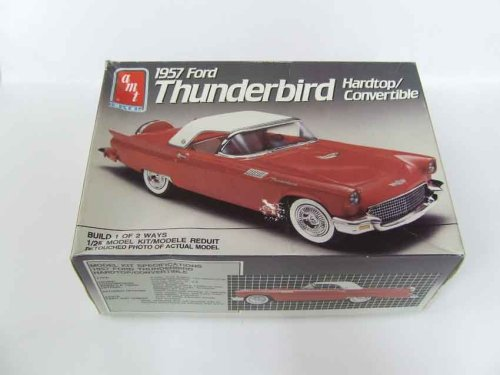 AMT 1957 Ford Thunderbird Hardtop/Convertible 1:25 Scale Skill Level 2