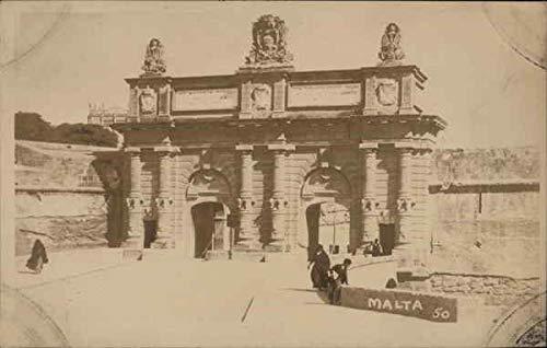 - Porte des Bombes Floriana, Malta Original Vintage Postcard