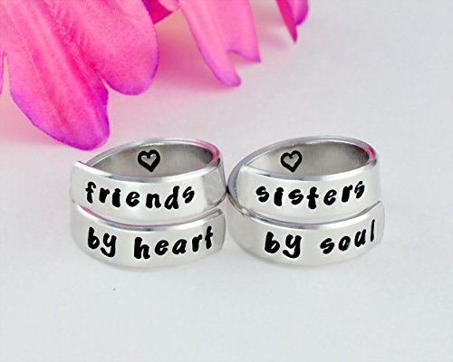 d6259ec0df128 friends by heart/sisters by soul - Hand Stamped Aluminum Spiral Wrap ...