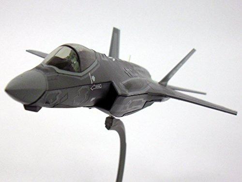 lockheed-martin-f-35-f-35a-lightning-ii-1-72-scale-diecast-metal-model