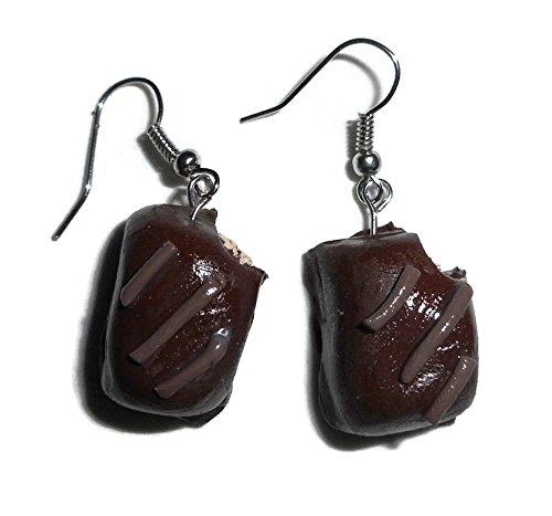 realistic-looking-chocolate-creme-filled-candy-fake-food-earrings