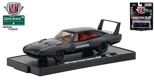 M2 Machines 1969 Dodge Charger Daytona HEMI (Hooker) Auto-Drivers Release 57 - Castline 2019 Special Edition 1:64 Scale Die-Cast Vehicle & Custom Display Base (R57 18-46)