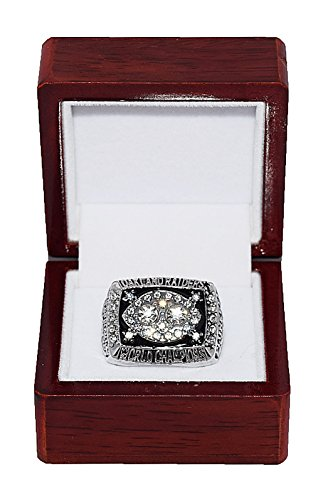 Oakland Raiders Championships - OAKLAND RAIDERS (Jim Plunkett) 1980 SUPER BOWL XV WORLD CHAMPIONS Vintage Rare & Collectible High-Quality Replica NFL Football Gold Championship Ring with Cherrywood Display Box